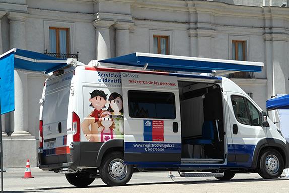 Entrega de 15 oficinas m viles al registro civil csj for Oficinas moviles